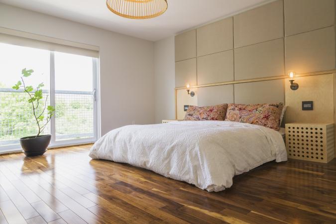 Light Minimalist Feng Shui Bedroom