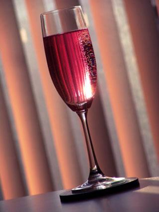 4 Crucial Tips For Chilling Sparkling Red Wine Lovetoknow