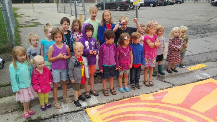 children-crosswalk