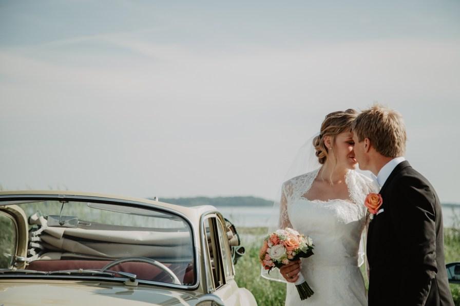 Jennie och davids bröllop i Kungsbacka hanhals småbåtshamn bröllopsfotograf cattis Fletcher Cfoto Göteborg