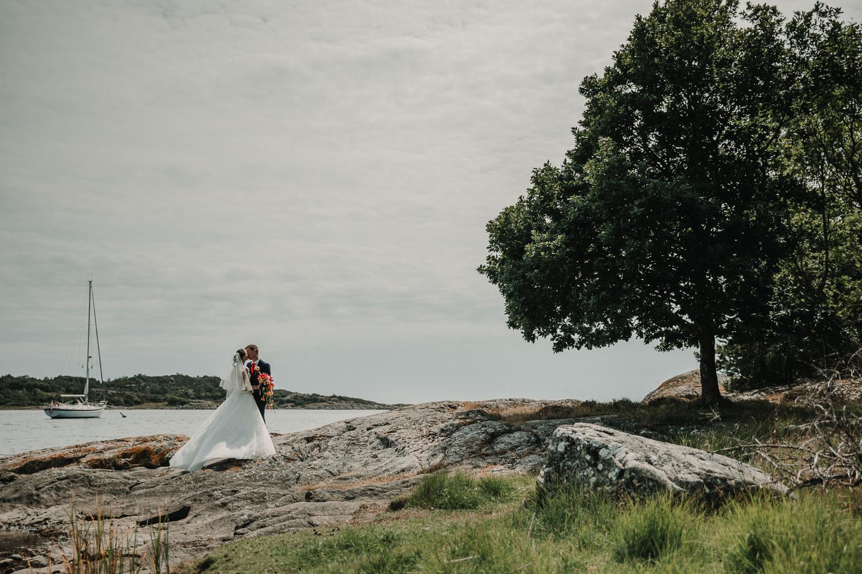 Bröllopsfotograf Göteborg Trädgårdsföreningen first look Bröllopsbilder