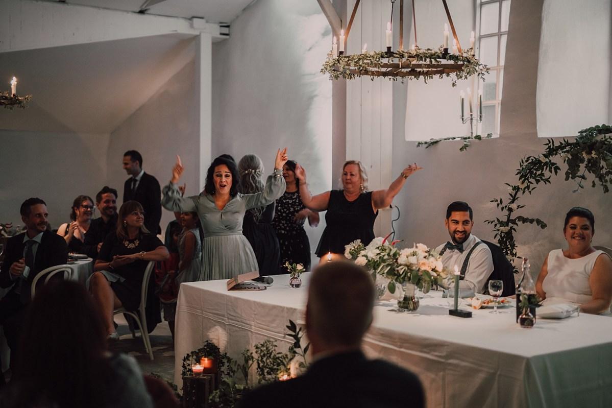 Bröllopsfotograf stora holms säteri  göteborg middag  wedding photographer dinner Sweden