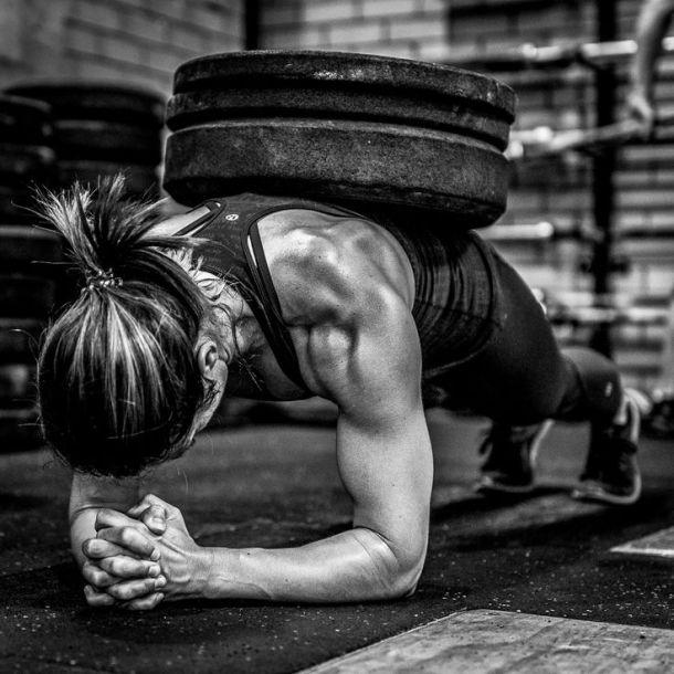 Wod CrossFit Sevilla training woman disco