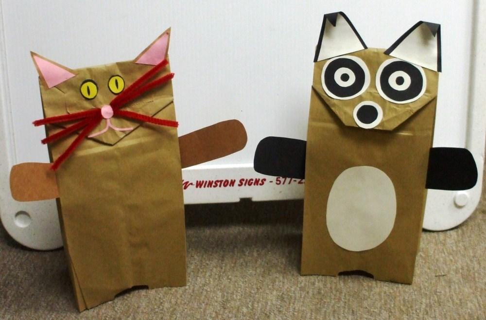 Cornerstone Crafts: Paper Bag Puppets (1/2)