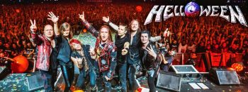 Helloween: All together live! (by Wander Verch via Facebook)