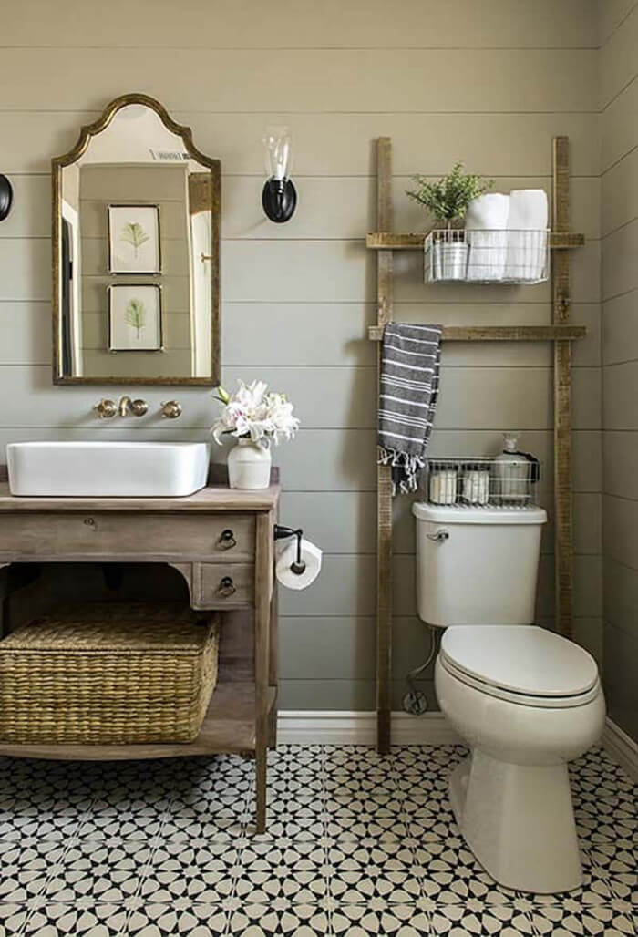 Beautiful farmhouse style bath decor for you that are inexpensive and simple to do