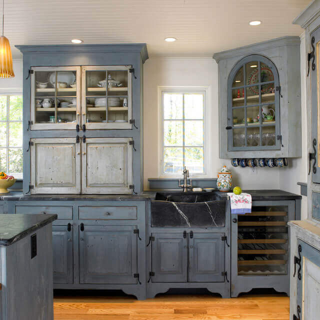 Get our best ideas for designing an elegant farmhouse kitchen cabinets diy for fixer upper style + industrial flare to get inspired now!
