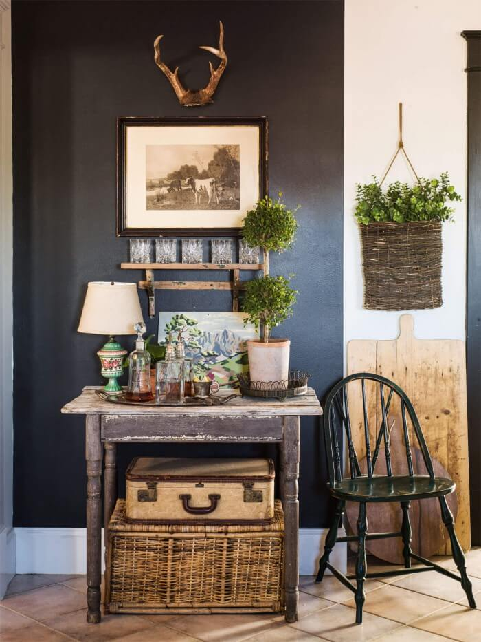 Best DIY Country & Vintage farmhouse home decor that will add personality to your room for Country Home Decorating. We Show You How to Get It!
