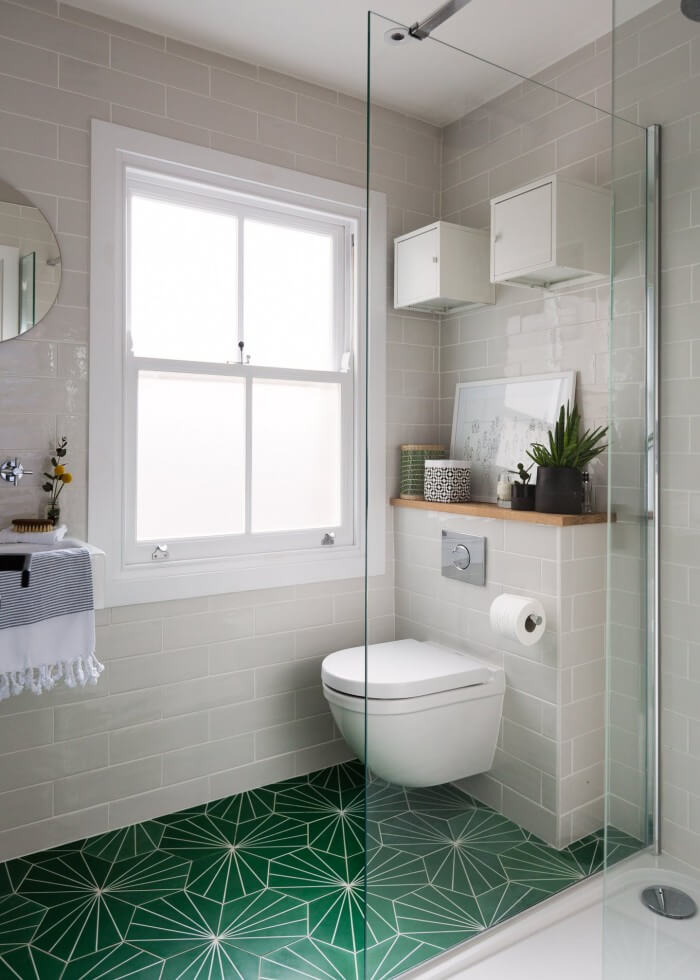 Simply chic bathroom tile ideas for small bathrooms will make your room look professionally designed for you that are simple to do | you should try