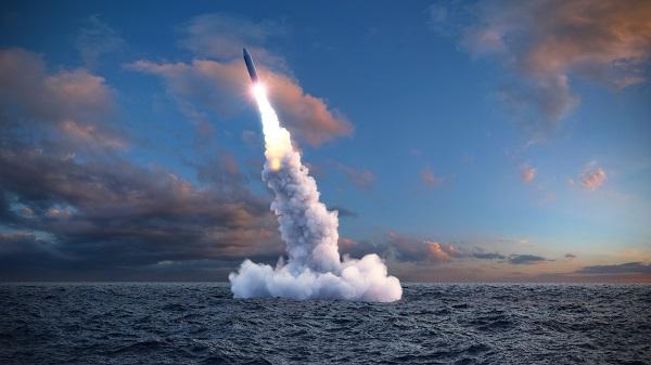 Submarine missile launch