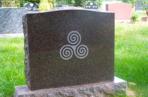 Back view of the Dakota Mahogany Granite Gravestone