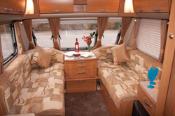 Swift Challenger 580 Lounge