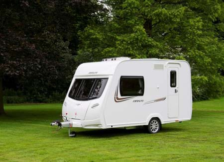 Lunar Ariva 2013 caravan review
