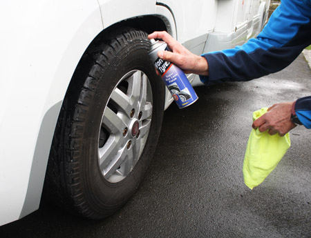 How to clean a motorhome