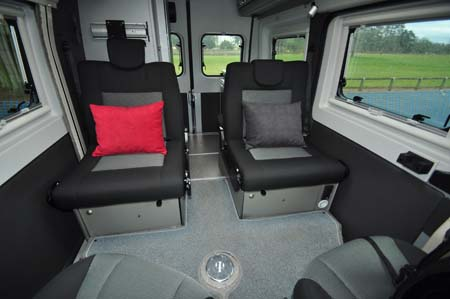 Adria Twin 500 S Seating 2