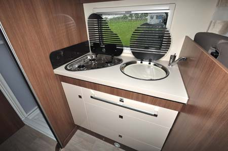 Chausson Flash 610 Kitchen