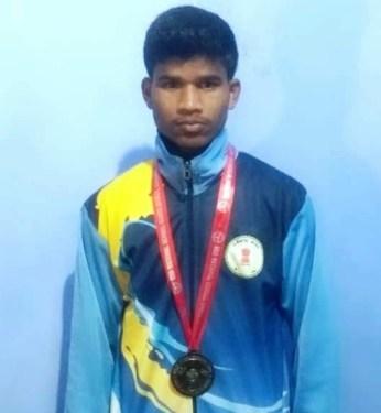 बस्तर के एथलीट अर्जुन कुमार ने पंजाब में जीता स्वर्ण पदक