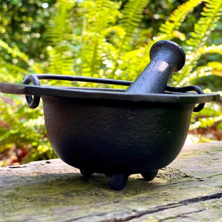 Cast Iron Cauldron Mortar and Pestle