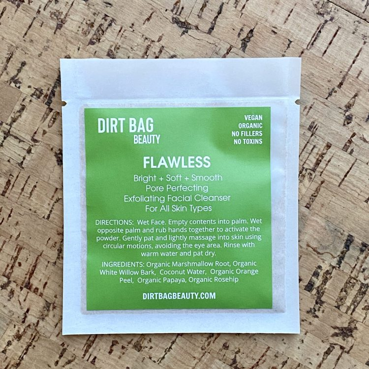 Exfoliating Vegan Organic Face Cleanser Flawless (Single Use)