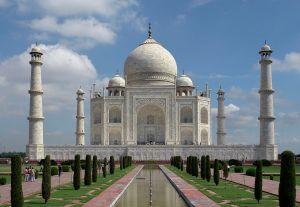 1280px-Taj_Mahal,_Agra,_India_edit3