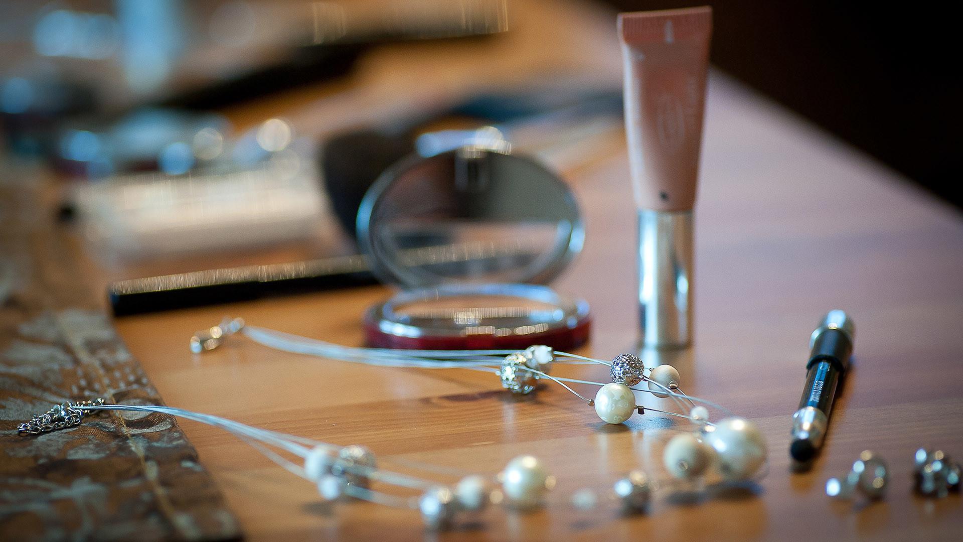Hochzeitsfotograf macht Getting-Ready