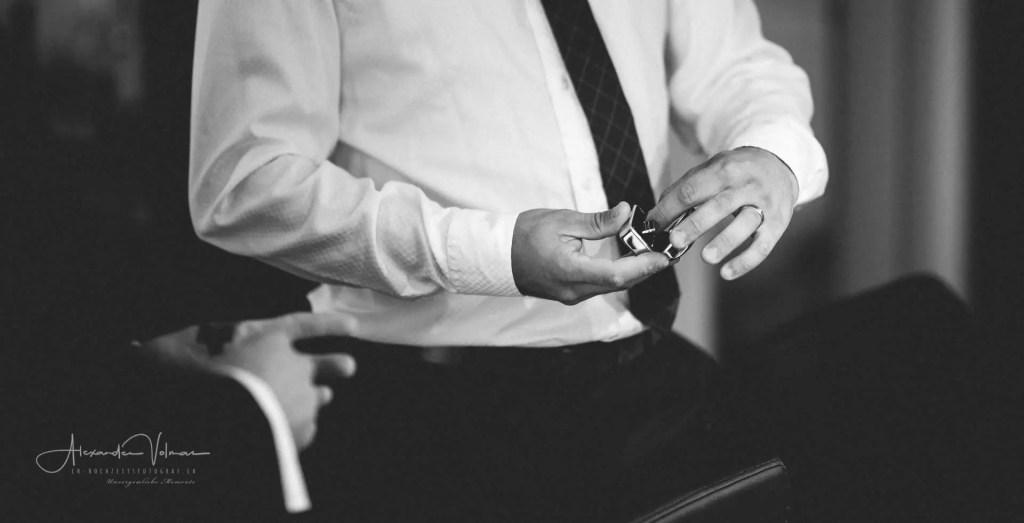 Vorbereitung der Hochzeitsringe