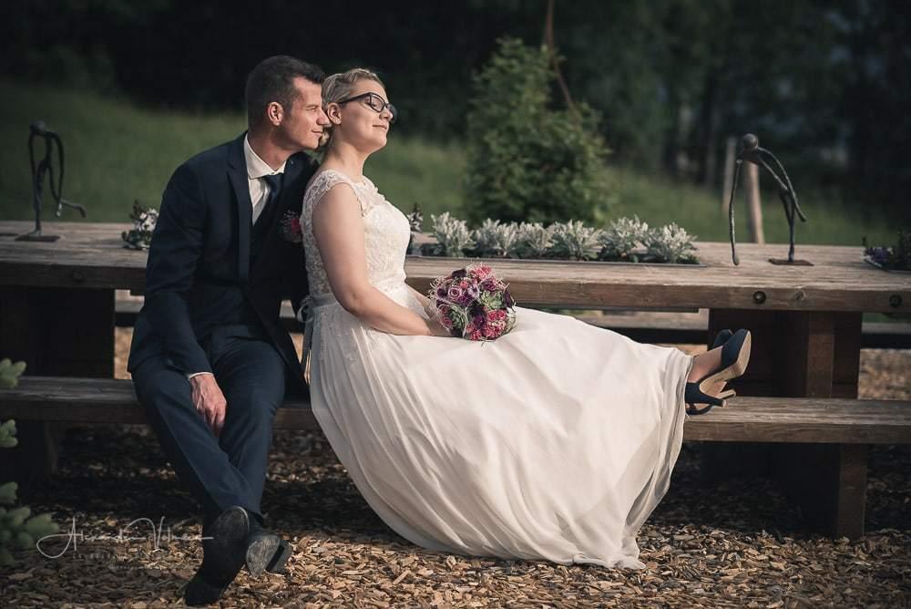 Fotoshooting auf der Picknickbank bei Blüemlismatt bei Egerkingen