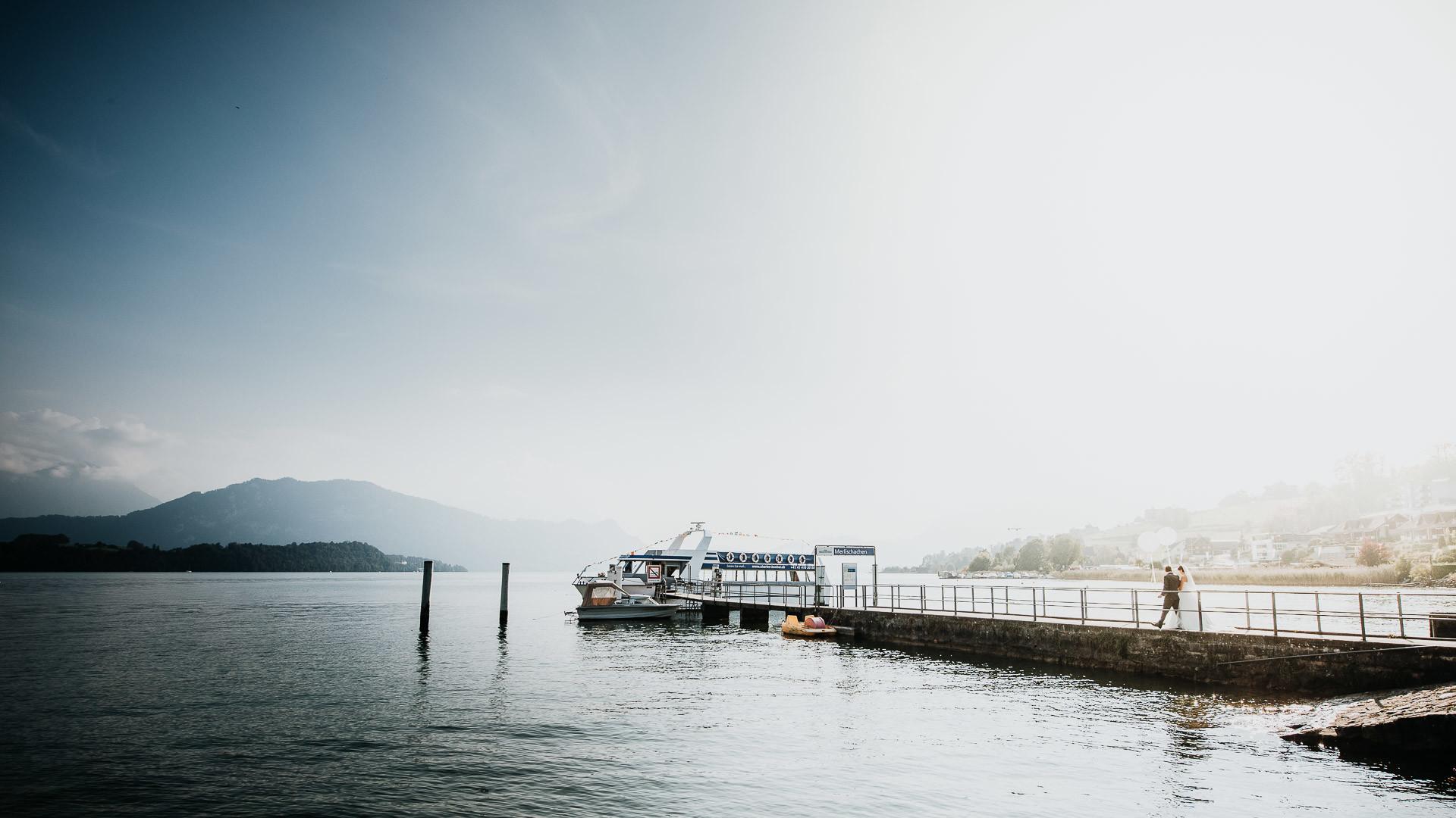 Unterwegs zur Schifffahrt - Hochzeitsfotograf
