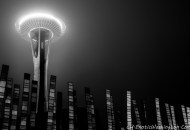 Achitecture Photography, Art, B&W, Black and White, ExoticWashington.com, Fog, Land Mark, Lumaca Moderno, Lumaca Phogotraphy, Mist, MyCameraDiary.com, Nice Scene, Night Photography, Night Scene, Nikon, Nikon 28mm f/1.8, Nikon D800, North America, Pacific Northwest, Photography, PNC, Scenic, Seattle, Seattle Center, Space Needle, Tamron 18-275mm, United States, Urban Photography, USA, WA, Washington, 北美, 华盛顿, 夜晚摄影, 夜景, 太空针, 尼康, 尼康28mm, 尼康D800, 建筑摄影, 情趣华盛顿, 我的相机日记, 摄影, 旅游, 旅行, 游记, 现代蜗牛, 美国, 腾龙18-275mm, 艺术, 蜗牛摄影, 西北太平洋, 西雅图, 西雅图中心, 雾, 风光, 风景, 黑白