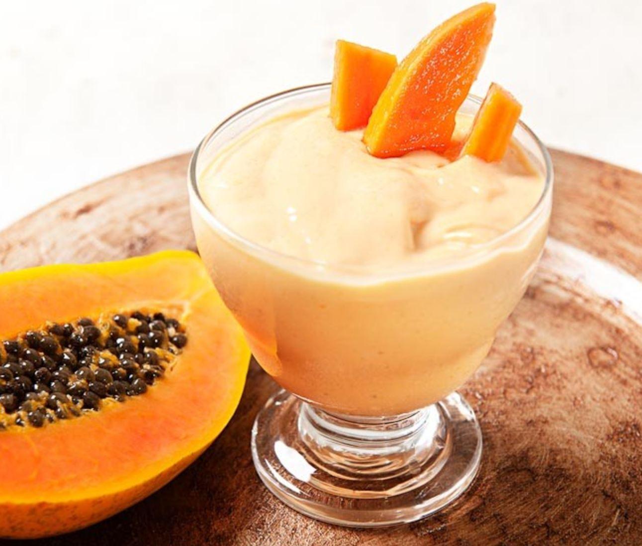 Sorvete de Mamão Papaia com Iogurte