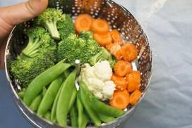 Legumes no vapor: prepare esta receita leve e saudável em casa