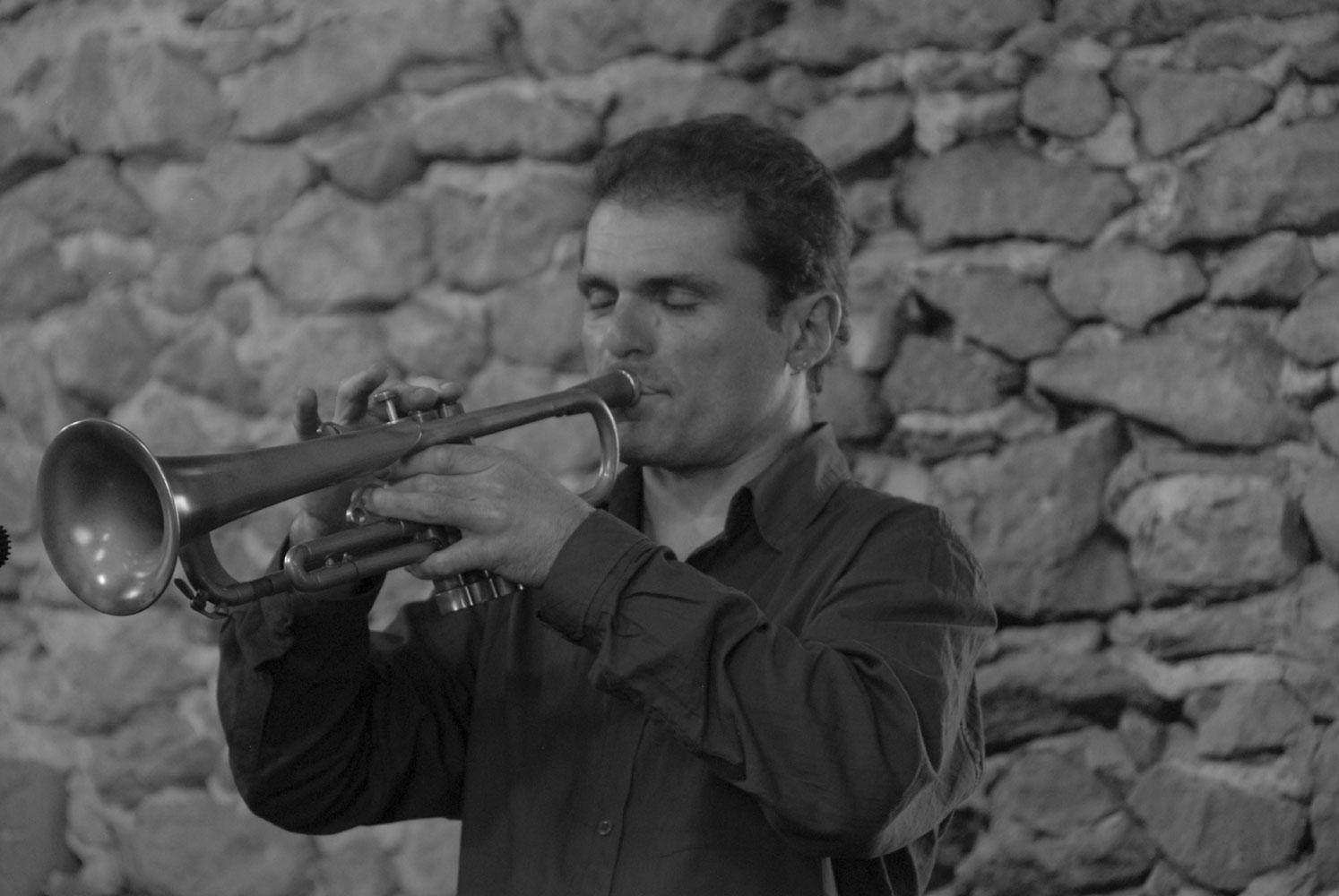 Olivier_Large_trompette_h1000
