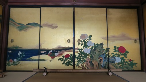 One of the painted screens of Shunkō-in