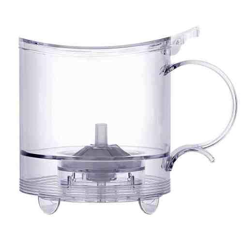 Handy Brew Tea Maker em um fundo branco