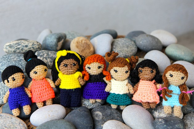 mini crochet dolls - kozu palm pals