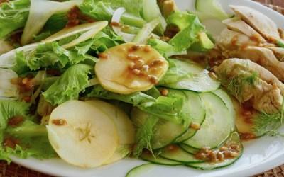 Salade fraîche pour journée ensoleillée
