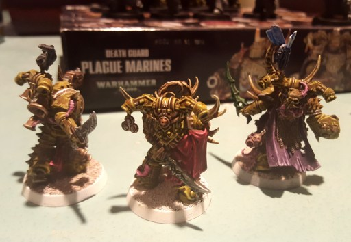 Plague Marines, backpacks and shrouds highlights