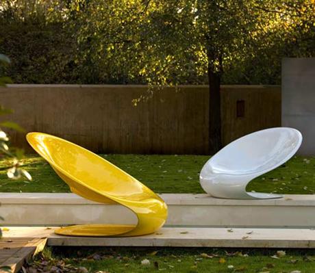 Disk Chair by Karim Rashid