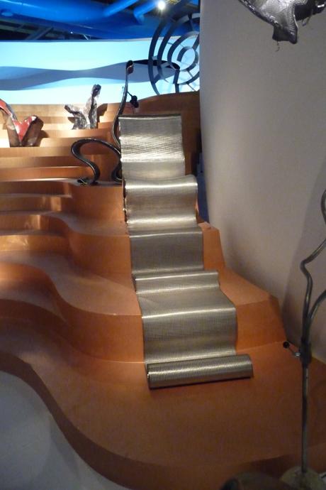 2009-Ron-Arad-at-Centre-Pompidou,-Paris-P1030700
