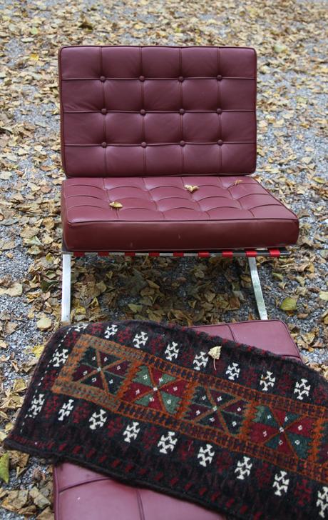 Second-Hand-Barcelona-Chair-IMG_1363