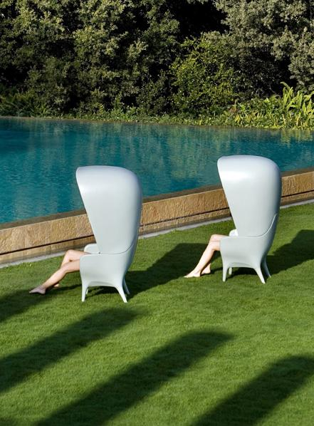Showtime High Back Chair by Jaime Hayon White
