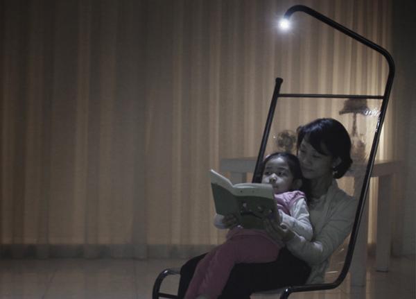 Hidden Light Chair by Giha Woo 03