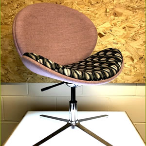 Pringle chair