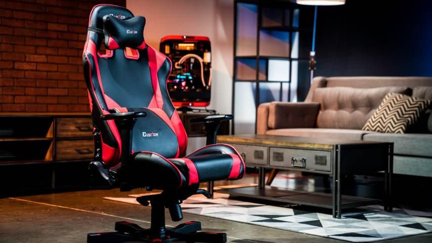 dans un salon chaise gamer chaise de bureau