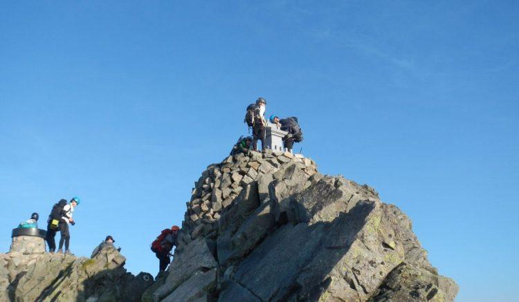 奥穂高岳山頂の祠