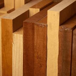 materiais de construção de uma casa de madeira