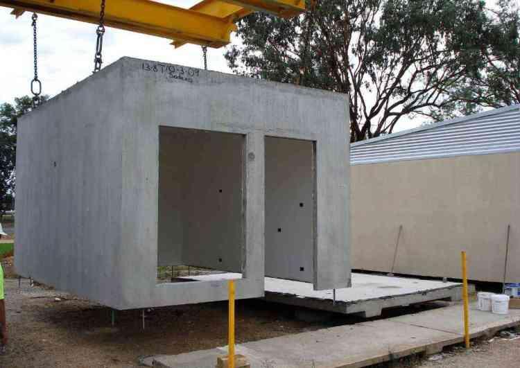 casa pré-moldada em placas de concreto