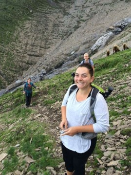 sarah-hiking