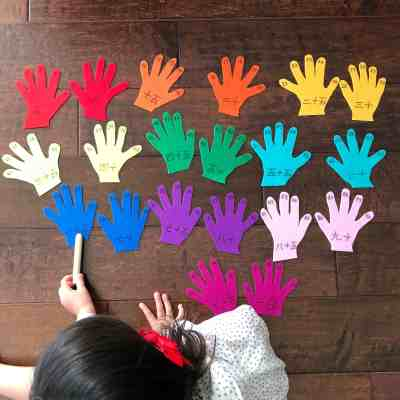 Counting Felt Hands – A Hands-On Math Activity!