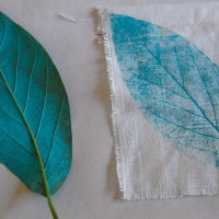 Featured Guest: Jen of Paint Cut Paste | Leaf-Print Garden Flags